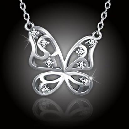 Něžný třpytivý motýlek