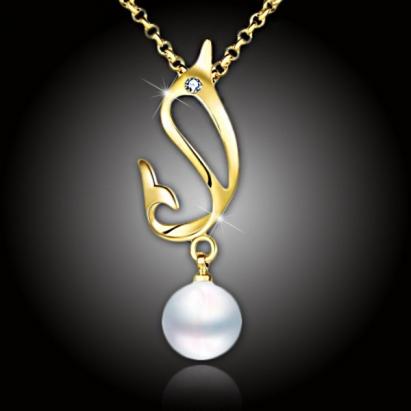Pozlacený perlový náhrdelník Pearl Dolphin White Pearl