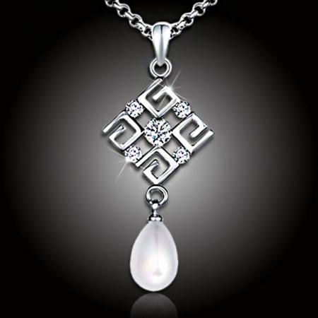 Perlový náhrdelník Feria - White Pearl